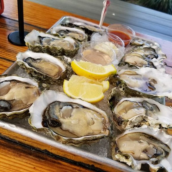 Fanny Bay Oyster @ New England Lobster Market & Eatery