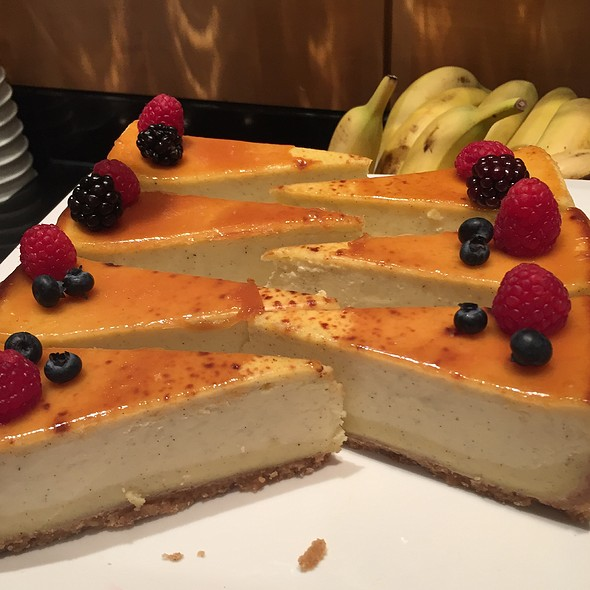 Cheesecake @ American Airlines International First Loungr Ord