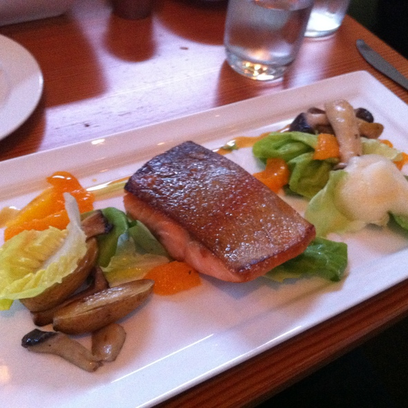 Broiled Salmon @ Olivia