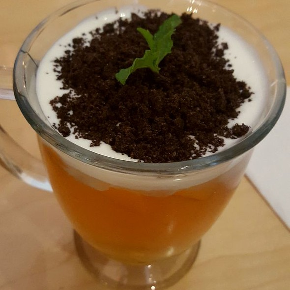 Potted Milk Foam Jasmine Tea