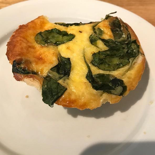 Spinach & Caramelized Onion Quiche