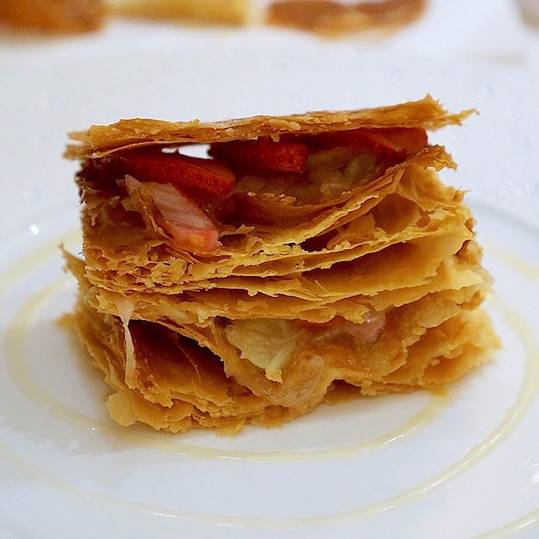 Strawberry rhubarb millefeuille