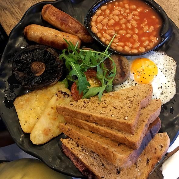 Irish Breakfast @ Beanhive