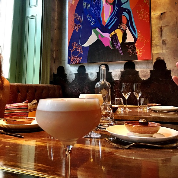 Pisco Sour Royal @ Coya