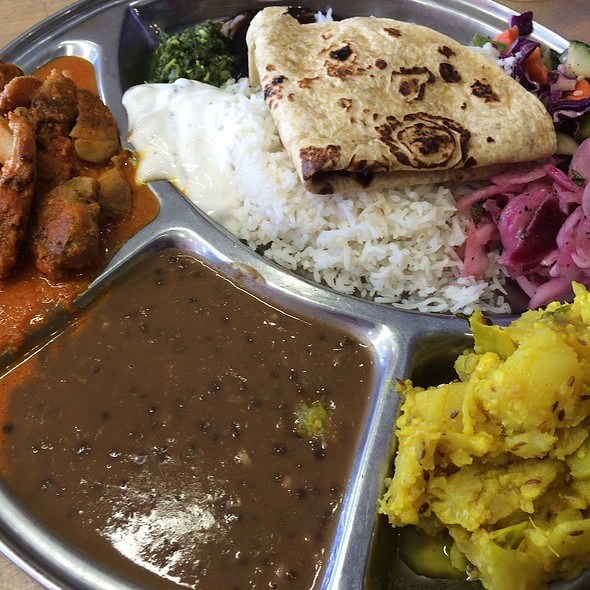 Chicken Masala Platter