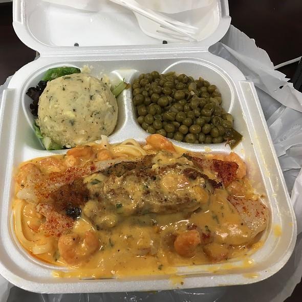 Baked Fish Plate W/Crab Dressing, Shrimp Pasta, Potato Salad, And Green Peas