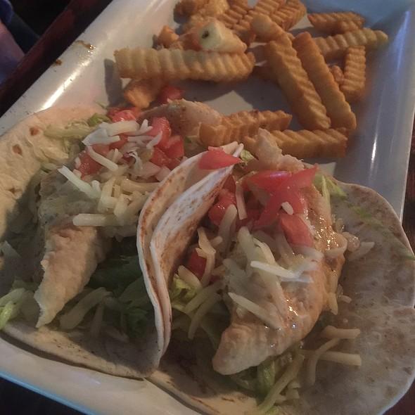 fish tacos @ Clancy's