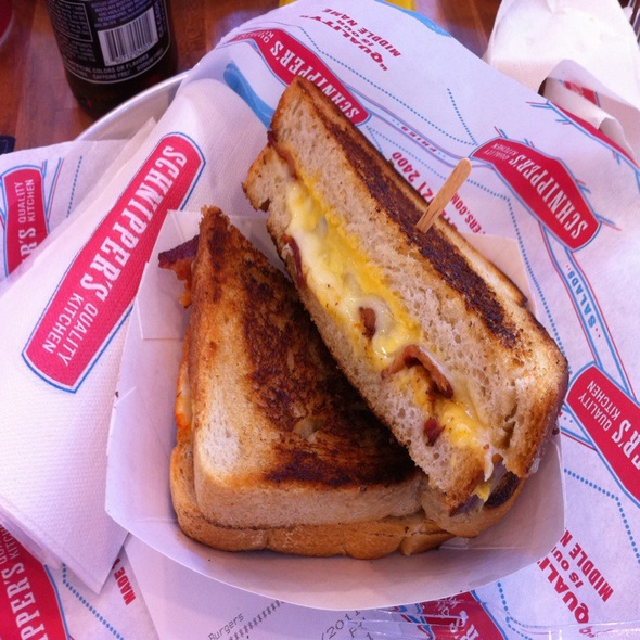 Grilled Cheese Sandwich @ Schnipper's Quality Kitchen