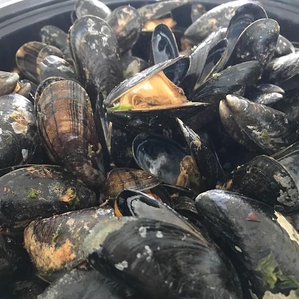 Dutch Mussels @ Home