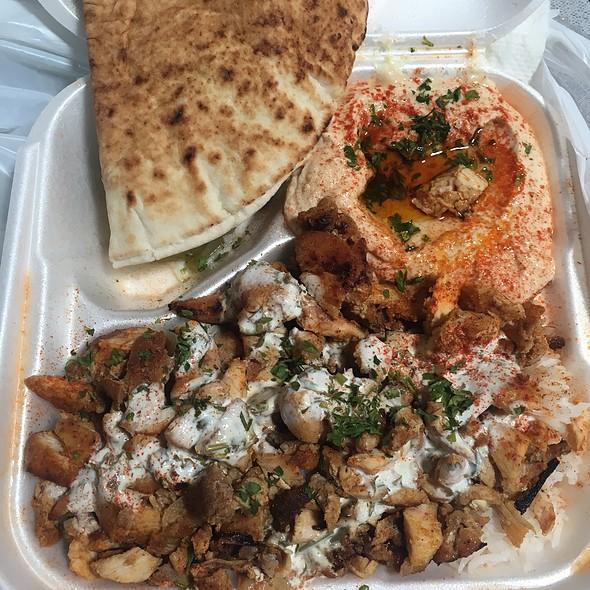 Chicken Shawarma Plate With Hummus
