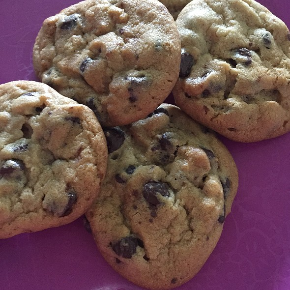 Chocolate Chip Cookies @ Home