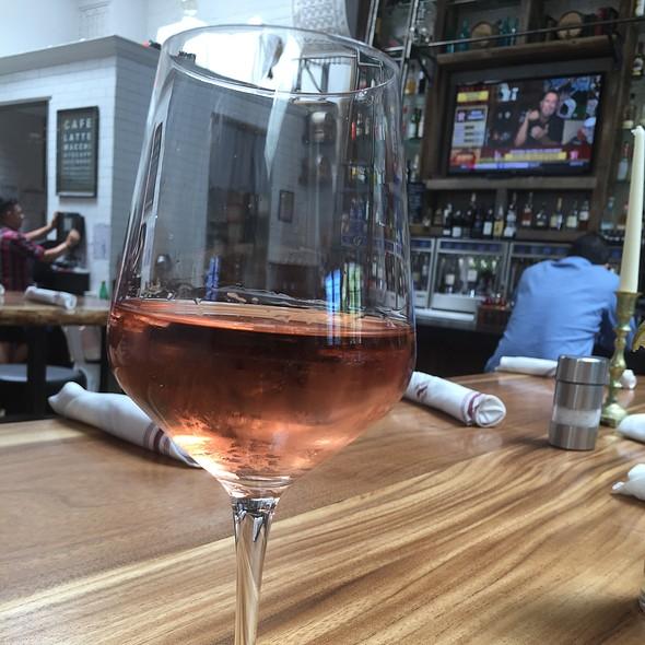 Moshin Pinot Noir Rosé