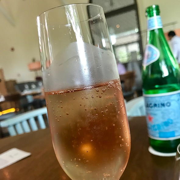 Devaux Rose Champagne