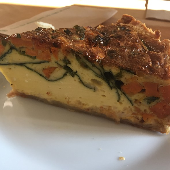Sweet Potato, Spinach, Green Onion And Cheddar Quiche