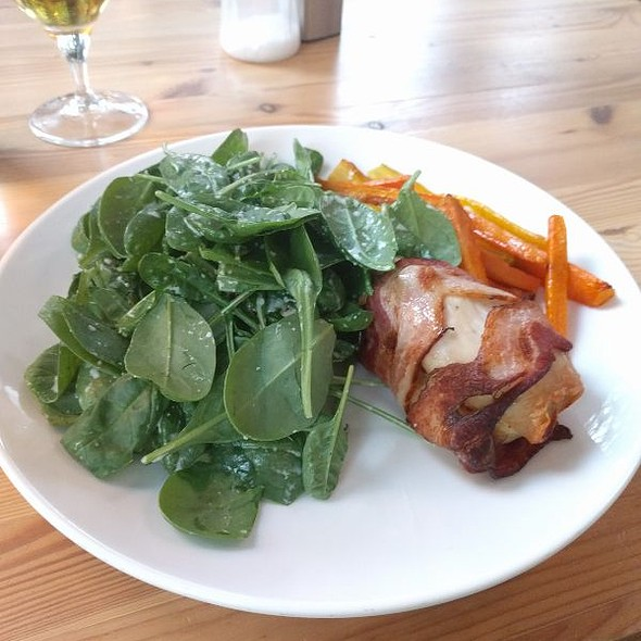 Chicken Bacon Roll On Spinach
