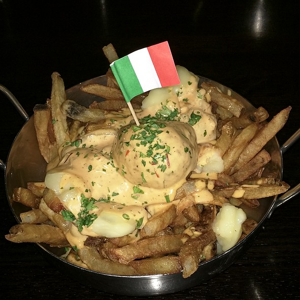 Poutine with crack sauce and spicy pork meatball