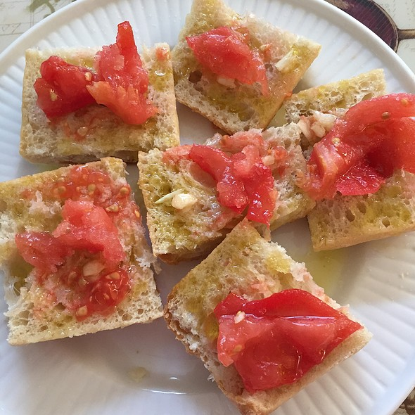 Pan con Tomate @ Home