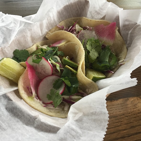 fish tacos @ Greens on the Go