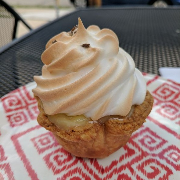 Lemon Meringue Pie @ Humble
