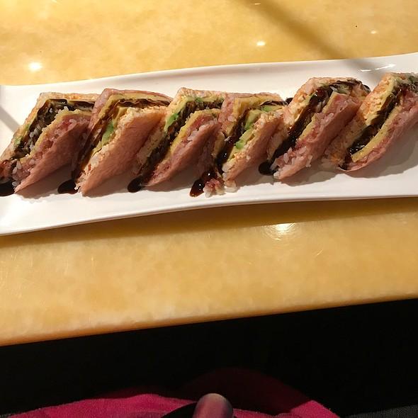 """Sandwich"" Sushi"