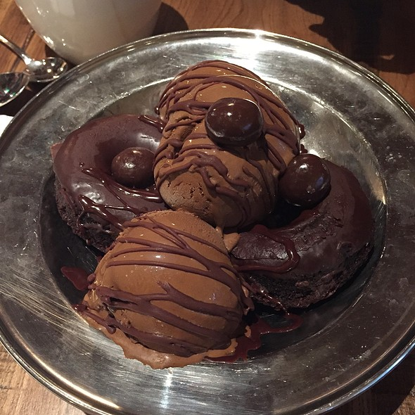 Chocolate Donut Sundae