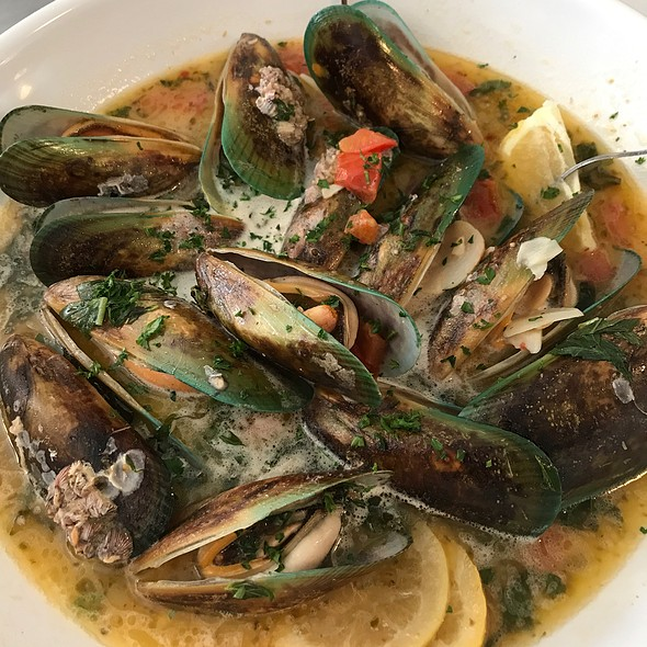 Greenlip Mussels @ Anchor Oyster Bar