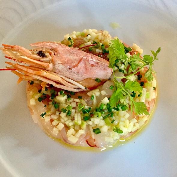Shrimp Starter With Celery