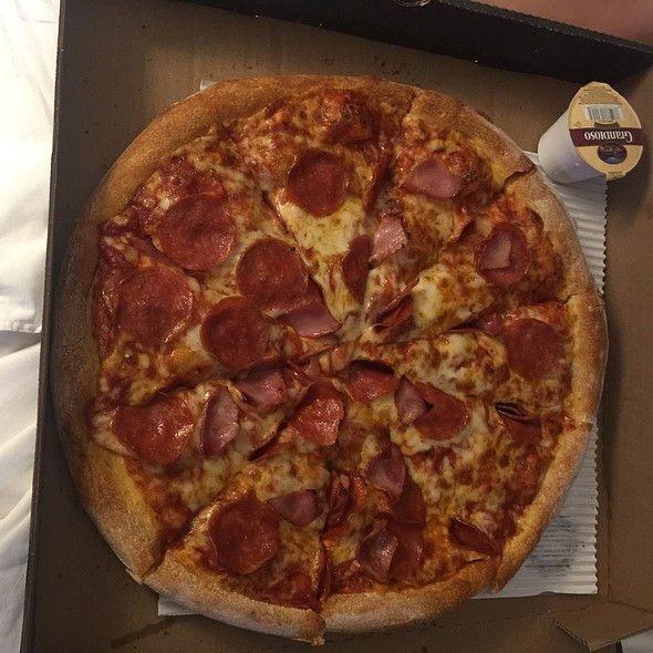 Ham And Pepperoni Pizza