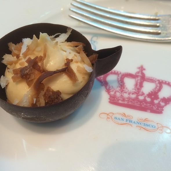 Chocolate Tea Cup @ Crown & Crumpet