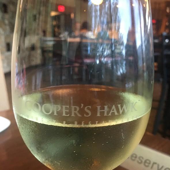 vinho verde @ Cooper's Hawk Winery