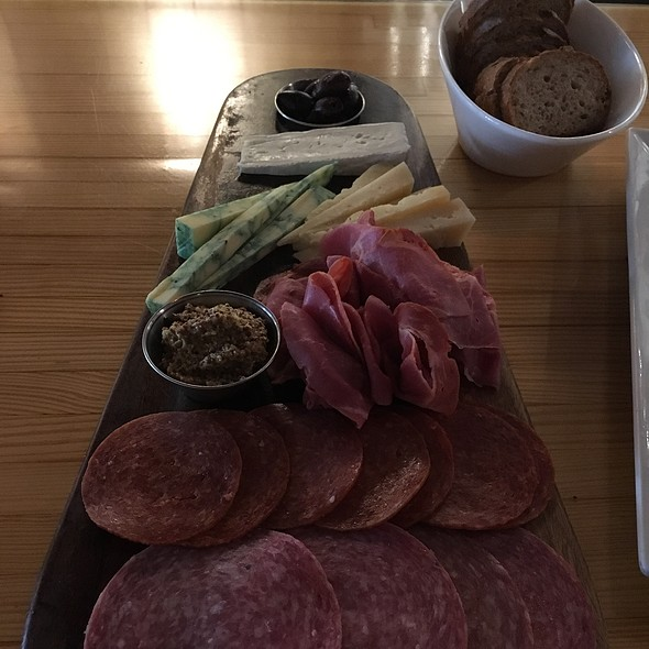 charcuterie @ State of Beer