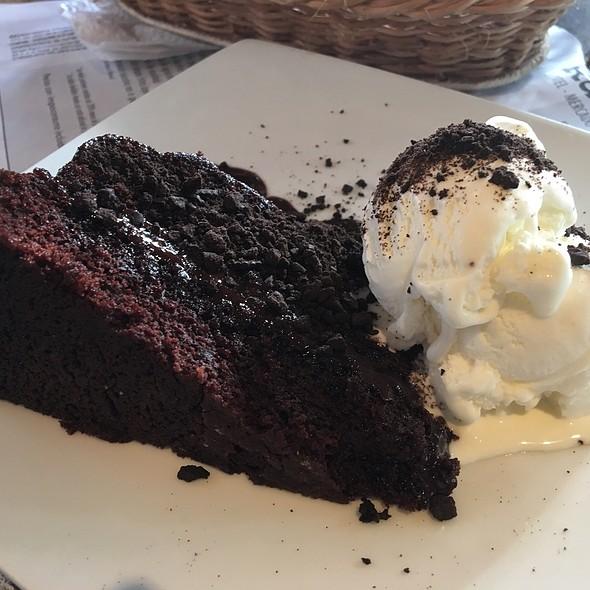 Torta De Chocolate Con Helado