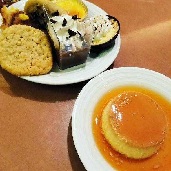 Assorted Desserts @ Planet Hollywood Spice Market Buffet