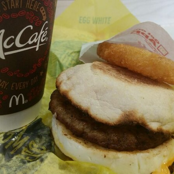 Sausage Egg Mcmuffin With Hash Browns