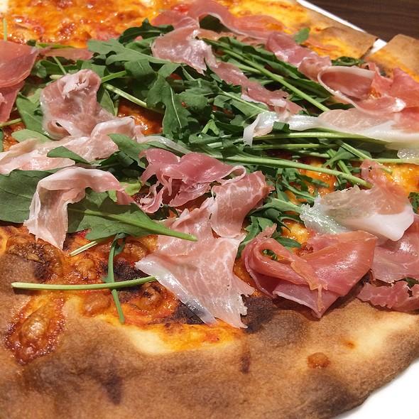 Parma Ham Arugula Pizza