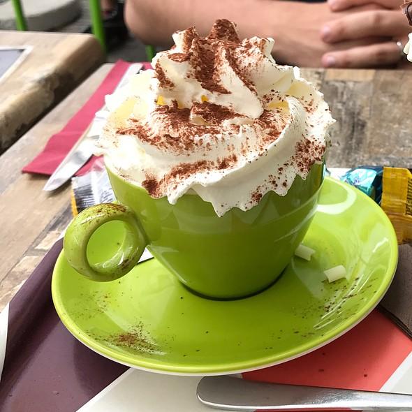 Cappuccino @ Caffe Rosario