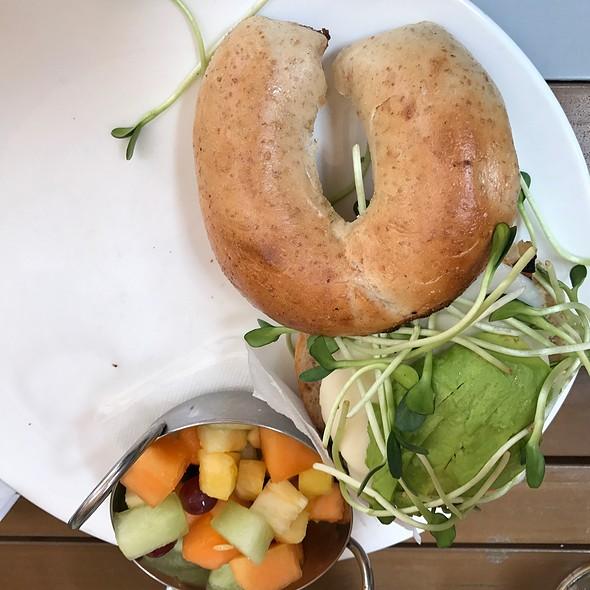 Vegan Breakfast Sandwich @ Farmer's Table