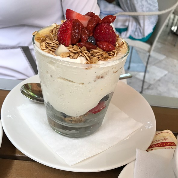 Yogurt And Granola Parfait @ Farmer's Table