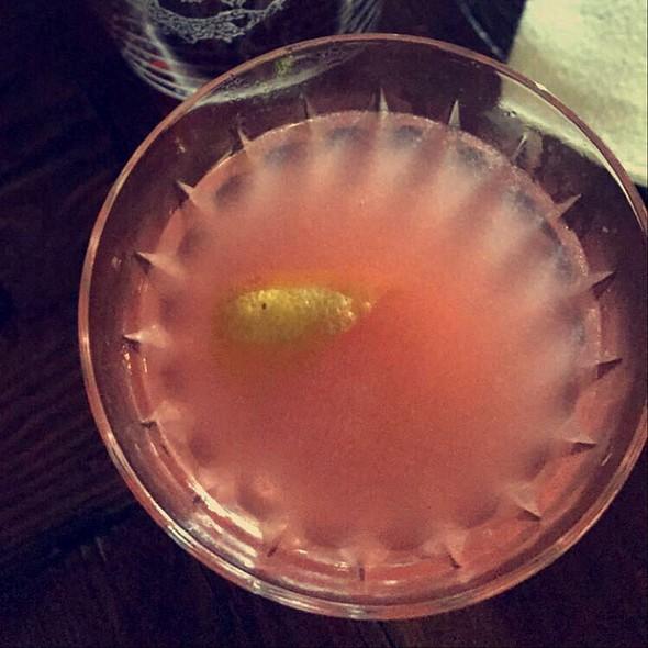 Cocktail @ Evil Eye