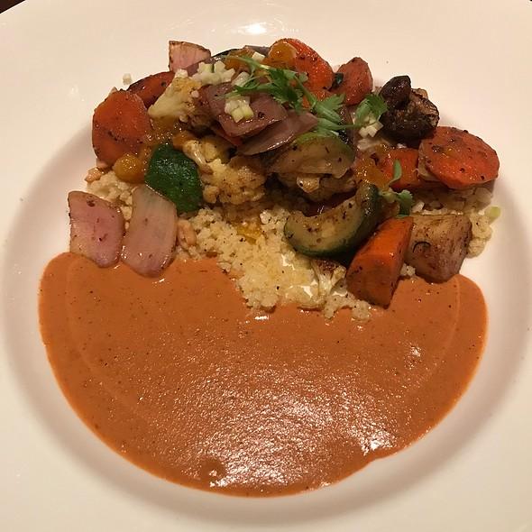 Vegetable curry @ Tiffins