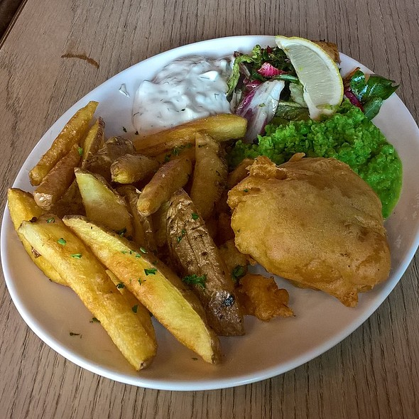 """""""Fish"""" and Chips"""