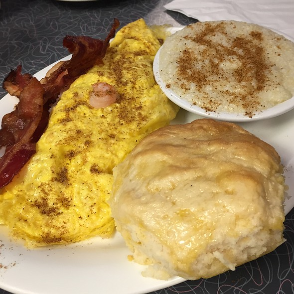 Seafood Omelette, Grits, Biscuit And Side Of Bacon