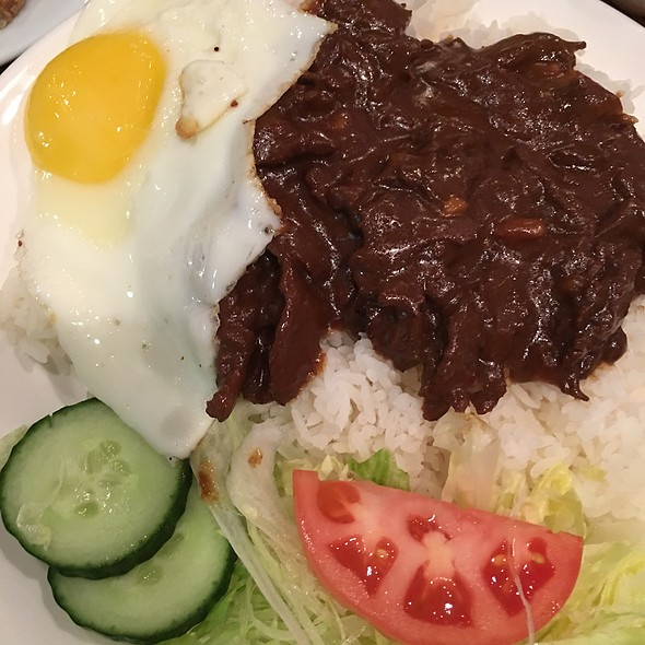 35. Filet Beef Luc Lac On Rice With Egg
