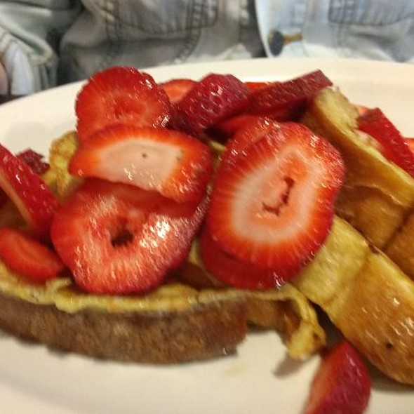 French Toast @ Little Miss Sophie's