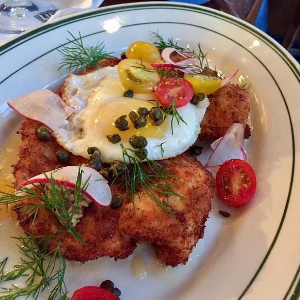 Chicken Schnitzel @ LuxBar