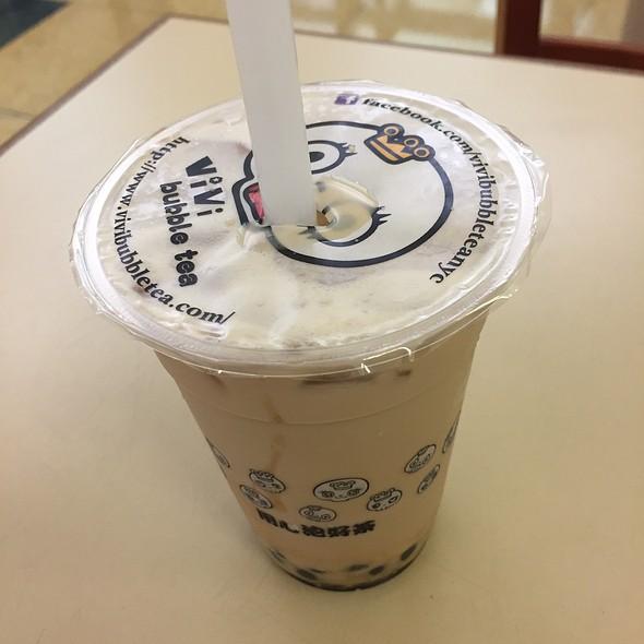 Coconut Milk Bubble Tea With Boba @ Vivi Bubble Tea
