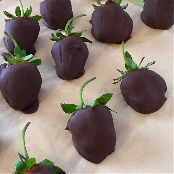Chocolate Covered Strawberries @ Frank's Home