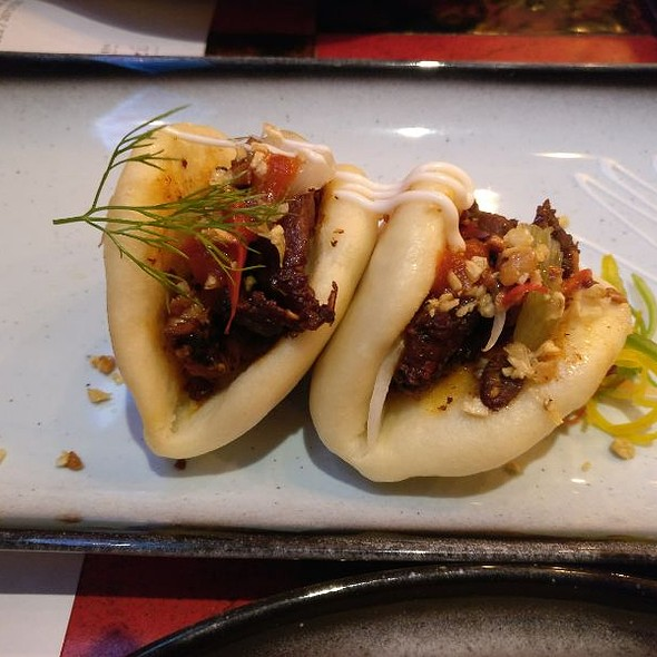 Barbeque Chicken Bao