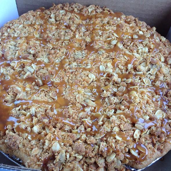 Carmel Apple Crunch Pie @ Betty's Pies