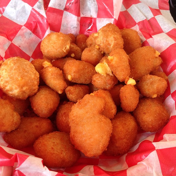 Cheese Curds @ Drive In Taylor Falls